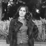 Лана Думбадзе В Морозовском саду в Москве. 17 сентября 2012. Фото Василия Золотухина. Снято на Киев-88