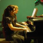 Новогодний концерт в ГАСК (29.12.2010). Дуэт с народным артистом России В.В. Селивохиным. Фортепьяно