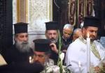 Отец Роман (Раид Радван) и отец Феодосий (Аталла Махоули).