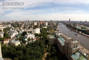 Вид на Швивую горку с высотки на Котельнической набережной. Фото - Игорь Степанов