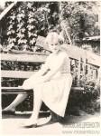 3. Лето 1963. Моя бабушка во дворе нашего дома в Больничном переулке