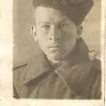 Хазов Алексей Васильевич (1926 – 1978) – родной брат моего дедушки; сержант; с 1 октября 1943 года по 30 июля 1946 года воевал на фронтах Великой Отечественной войны