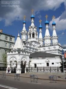 Церковь Рождества Богородицы в Путинках (современный вид, реставрация 1957 года)
