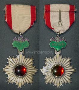 Знак ордена Восходящего солнца VI степени