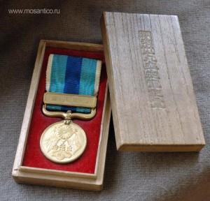 Японская империя. Медаль за участие в Русско-японской войне 1904—1905 годов в оригинальной деревянной коробке